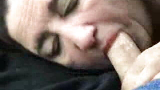In einer Intervention, Talent zeigt, pornofilme gratis in hd seine Beine zerquetscht