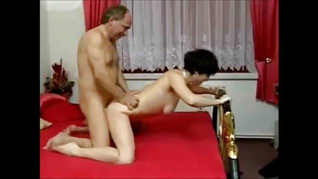 Die Leute sind gute Freunde seiner Freundin, und das gleiche verursachen ihren hd sexfilme free Orgasmus
